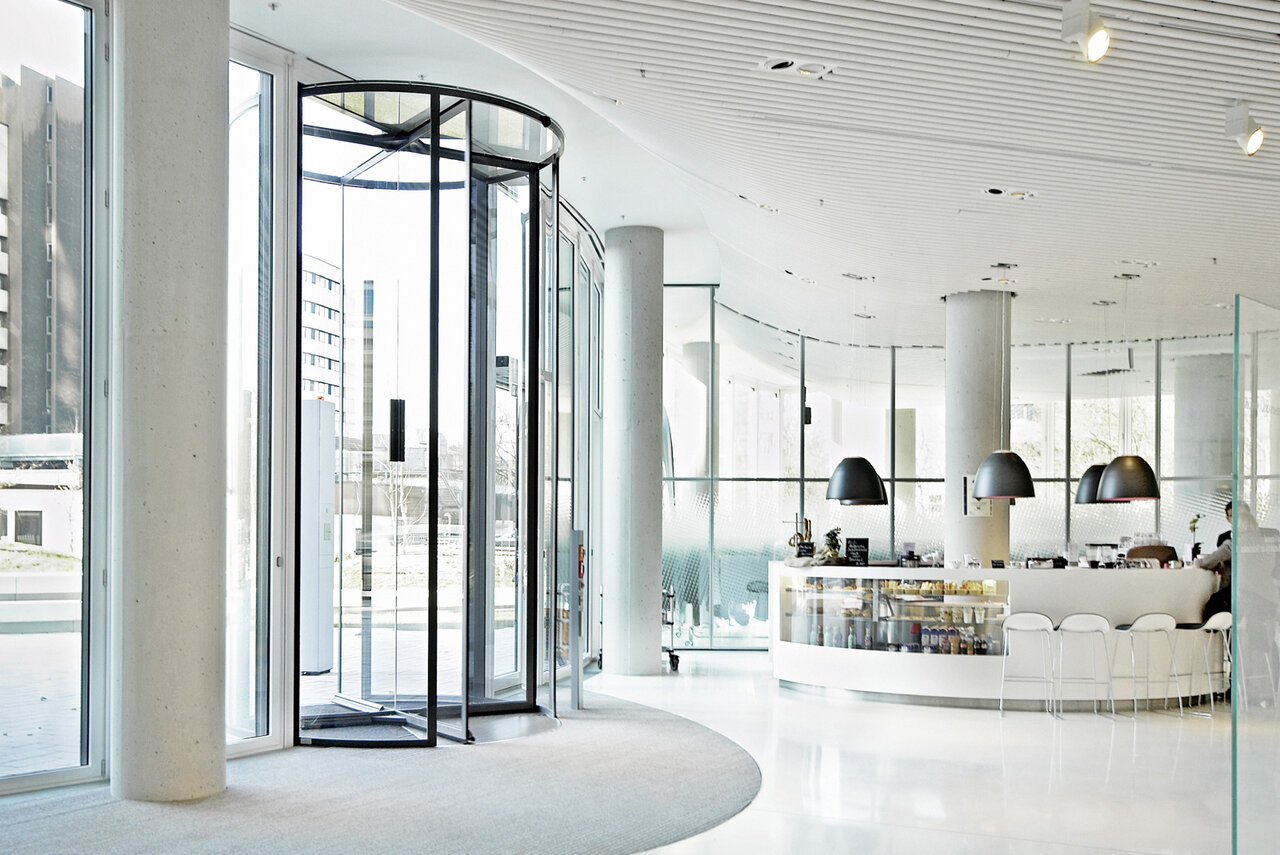 Four Wing Automatic Revolving Door In Design Options